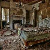 GFG Abandoned Amaze Room Escape